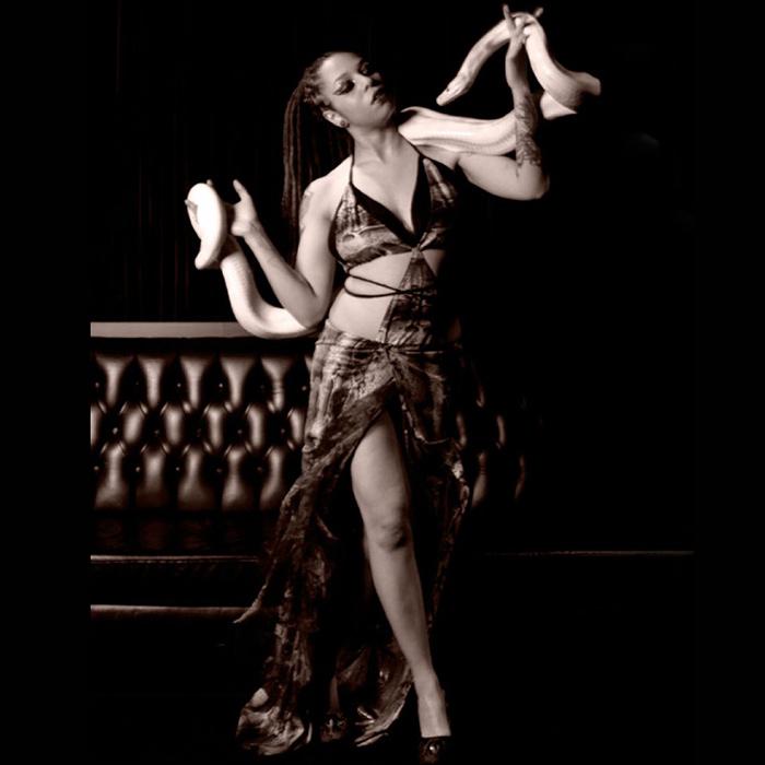snake dancer acts